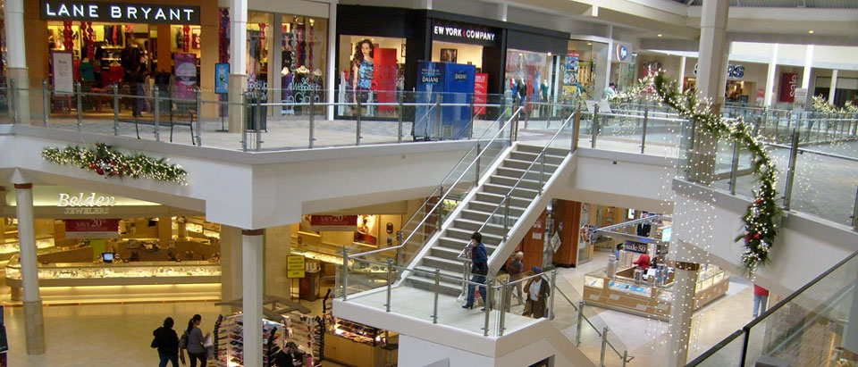 pheasant_lane_mall_02.jpg
